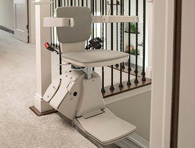 stair-lift-bruno-elan-top-of-stairs-406-x-304-web